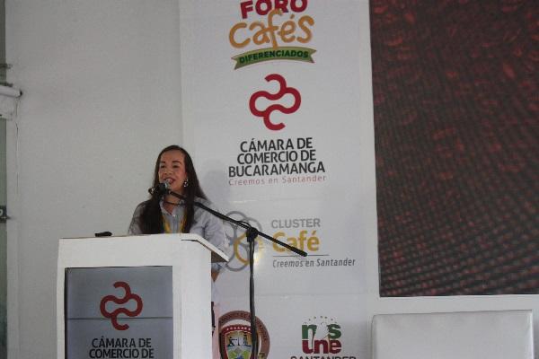 """""""Sendero y Sombra"""", la nueva marca  santandereana de café presentada durante el 2° Foro de Cafés Diferenciados en San Gil"""